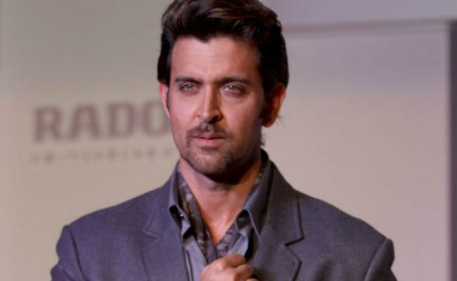 Hrithik Roshan Vs Kangana Ranaut: 'Don't Support Me, Don't Take Sides,' He Writes