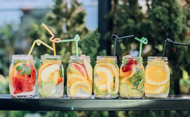 11 Quick Tips To Beat The Heat And Stay Hydrated During Summer
