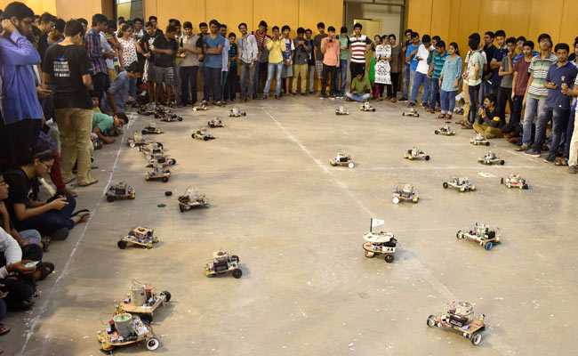 iit madras students robots