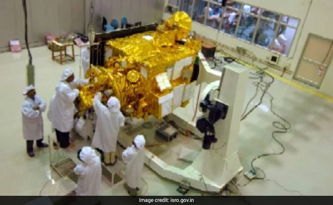 ISRO Testing Lander, Rover For Chandrayaan-2; Plans Launch In March 2018
