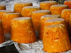 How to Tell that the Gur/Jaggery that You Are Buying is Pure?