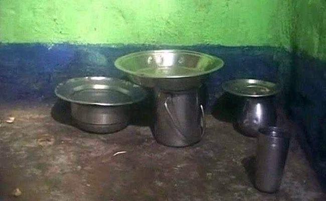 झारखंड में भूख से 40 साल के रिक्शाचालक की मौत, राशन कार्ड के लिए काट रहा था चक्कर