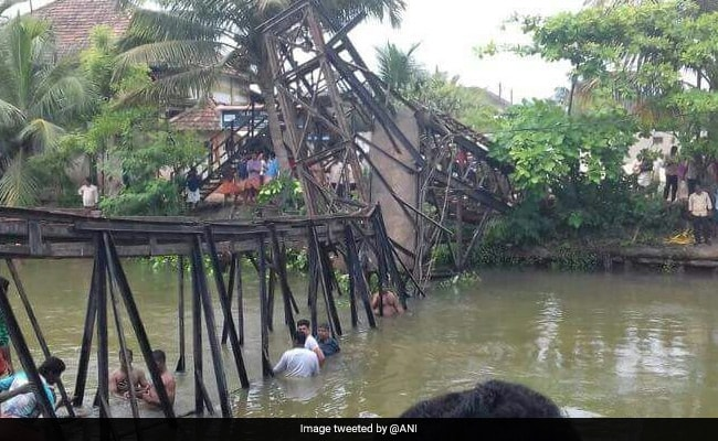kerala bridge collapse