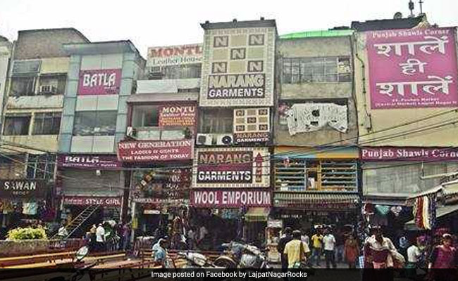 Fire Breaks Out In Delhi's Lajpat Nagar Market, Fire Officer Injured