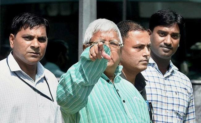 शराब के कारोबारियों की लालू यादव के बेडरूम तक है पहुंच : जेडीयू नेता आरसीपी सिंह