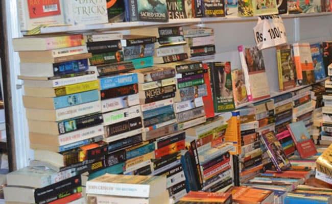 कैसा होगा साहित्य का नोबेल पुरस्कार विजेता...