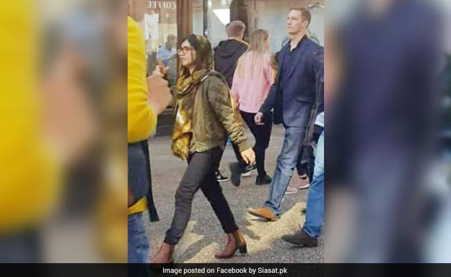 Malala Yousafzai Trolled For Wearing Jeans In Viral Pic