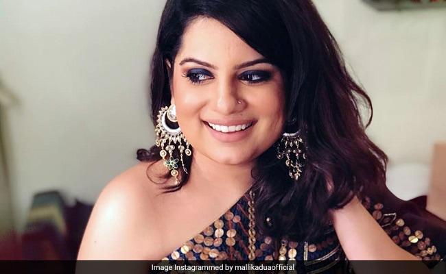 यौन शोषण पर बोलने वाली मल्लिका दुआ की अक्षय कुमार के 'द ग्रेट इंडियन लाफ्टर चैलेंज' से होगी छुट्टी!