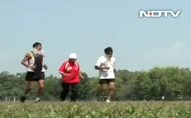 mann kaur runner old vt 650