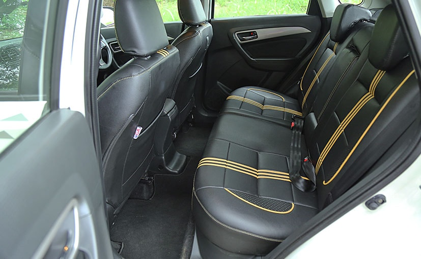 maruti suzuki vitara brezza rear seats