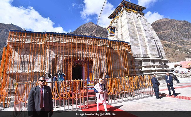 In Kedarnath, PM Modi Seeks Blessings For A 'Developed India' By 2022