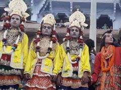 गंगा को प्रदूषण मुक्त रखने का संदेश लेकर आया 'नागनथैया मेला', 450 साल पुरानी है परंपरा