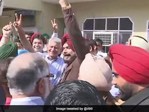 Congress wins Gurdaspur Lok Sabha by-election in Punjab, defeats BJP by over 1.9 lakh votes
