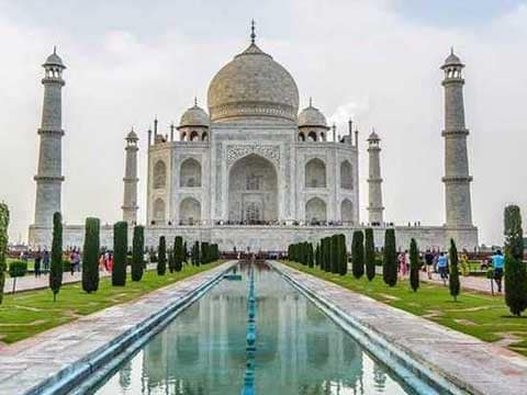 Amid Taj Mahal controversy, UP Chief Minister Yogi Adityanath to visit the monument next week on 26th