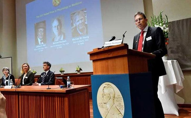 अमेरिका के तीन वैज्ञानिकों को चिकित्सा का नोबेल पुरस्कार, जानिए इनकी उपलब्धि के बारे में