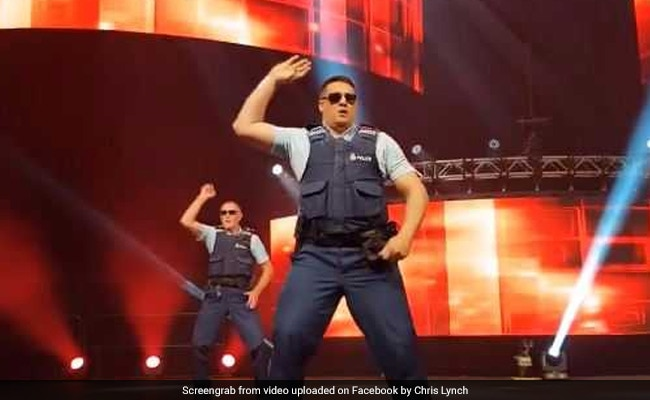 Video New Zealand Cops Dancing To Bollywood Songs Are Guilty Of Being Too Good So without further delay, here is a list of 10 fun hindi songs for your kids. new zealand cops dancing to bollywood