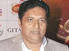 मैं कोई मूर्ख नहीं हूं जो अपने पुरस्कारों को वापस कर दूं : अभिनेता प्रकाश राज