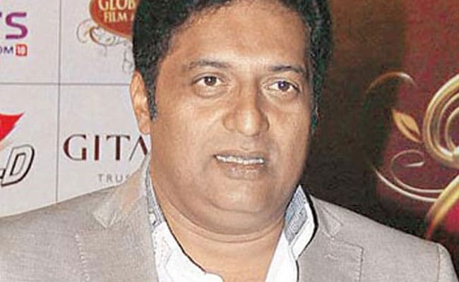 """PM Modi is a much better actor than me... He deserves all the National Awards..."" says Prakash Raj"