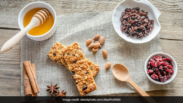 How to Make Healthy Protein Bars at Home