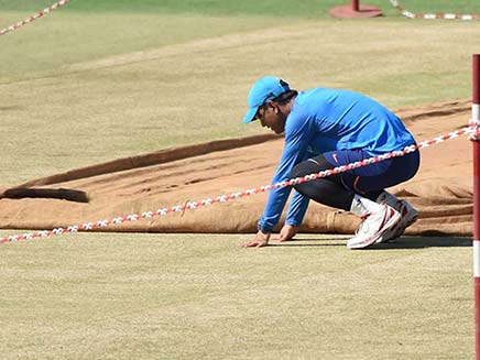 India vs New Zealand, 2nd ODI: MCA to Conduct Inquiry Into Pitch-Tampering Issue