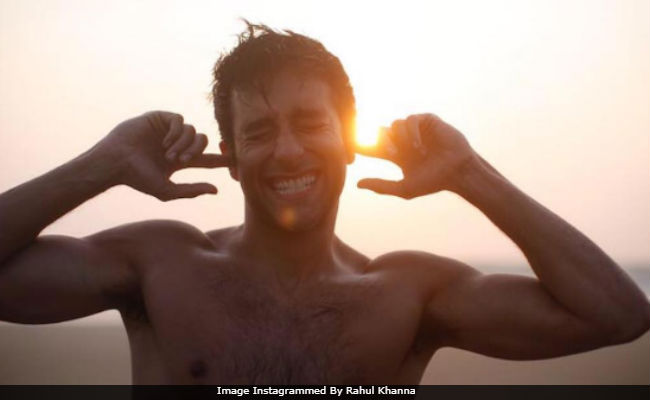 Rahul Khanna Posts About Cracker-Free Diwali In The Most Stylish Way. Internet's Smitten