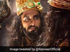 हिट है रणवीर सिंह का 'पद्मावती' लुक, अलाउद्दीन खिलजी के किरदार से बाहर निकलने के लिए ले रहे साइकेट्रिस्ट की मदद