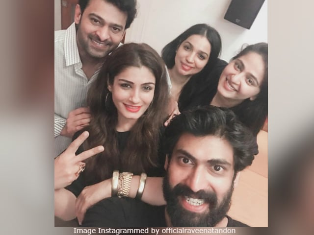 Raveena Tandon Made Baahubali And Bhallaladeva Smile Together In 1 Pic