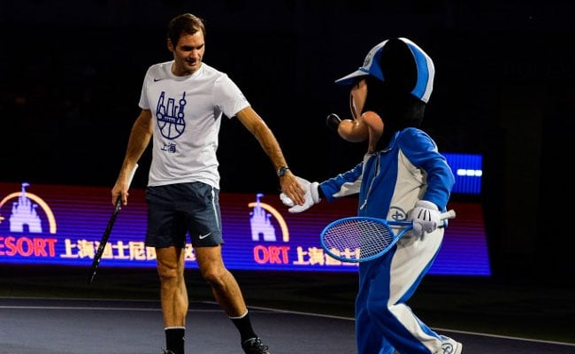 Roger Federer Danced With Mickey Mouse. Video Will Cure Your Monday Blues