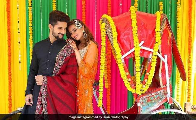 Photos: सरगुन मेहता के भाई की शादी में कुछ यूं दमके टीवी सिलेब्स