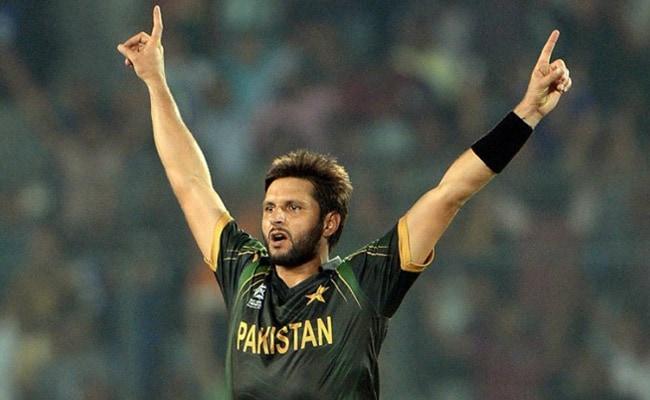 शाहिद अफरीदी का नया शिगूफा, 'जल्द ही इंडियन प्रीमियर लीग को पीछे छोड़ देगा पाकिस्तान सुपर लीग '