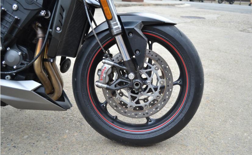 street triple rs brakes
