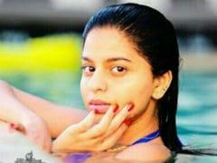 Shah Rukh Khan's Daughter Suhana's Pool Pic Goes Viral