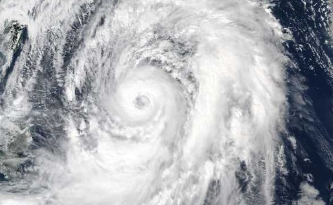 Japan braces for strong typhoon as flights cancelled