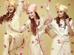 'वीरे दी वेडिंग' की डेट हुई फिक्स, सोनम और करीना कपूर ने शेरवानी पहन गर्ल गैंग के साथ किया जमकर डांस