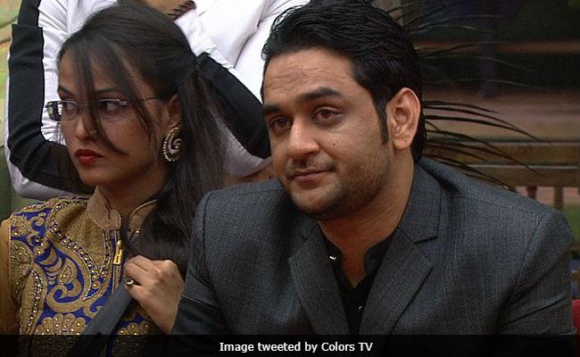 Bigg Boss 11 : शिल्पा शिंदे के खिलाफ Twitter पर बोले ये टीवी एक्टर, मानवता की सारी हदें पार की