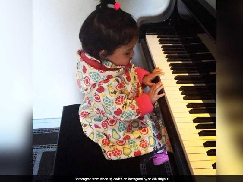 Watch: MS Dhoni