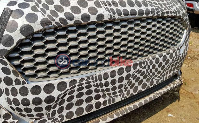 2018 ford figo facelift spied