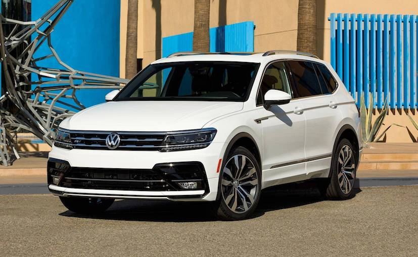 2017 la auto show sportier 2018 volkswagen tiguan r line. Black Bedroom Furniture Sets. Home Design Ideas