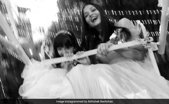 Aishwarya And Aaradhya In Dreamy Pic. Abhishek Bachchan's Caption Says It All