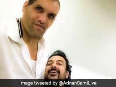 द ग्रेट खली ने बॉलीवुड सिंगर अदनान के साथ ली ऐसी सेल्फी, ट्विटर पर उड़ा मजाक