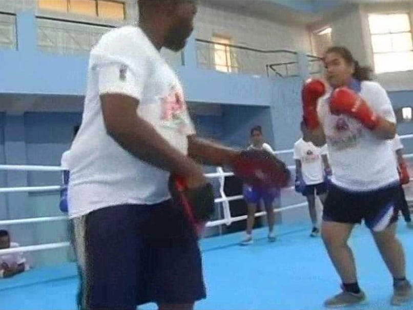 Coaching From Grassroots Is Important, Says AIBA Instructor Andile Mofu