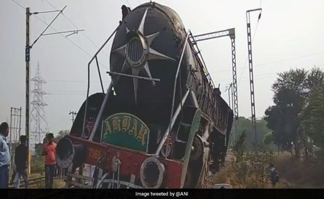 Heritage Steam Engine Runs 2 Km Without Driver Who Had Jumped Off