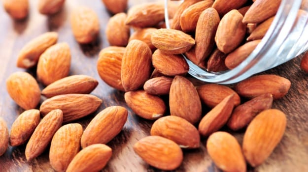 almonds help in repairing damaged skin