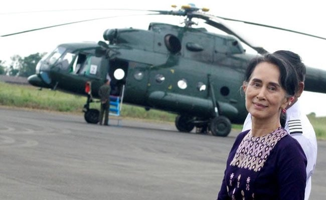 Myanmar's Suu Kyi Visits Crisis-Hit Rakhine State As More Rohingya Leave