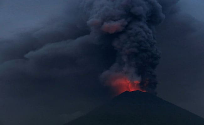 Bali Volcano Threatening To Blow Its Top, Airport Closed Again