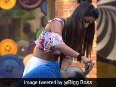 <I>Bigg Boss 11</i>, November 13, Written Update: Priyank Sharma Chops Off His Hair To Save Friend Hiten Tejwani