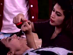 <i>Bigg Boss 11</i>, Written Update, November 29: Bandgi Kalra Chops Off Hina Khan's Hair