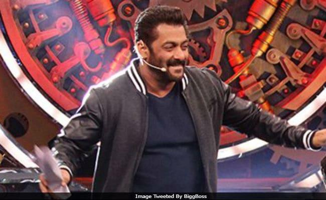 Bigg Boss 11, November 18: Deepika Padukone, Sunny Leone Are Salman Khan's Guests. Excited Much?