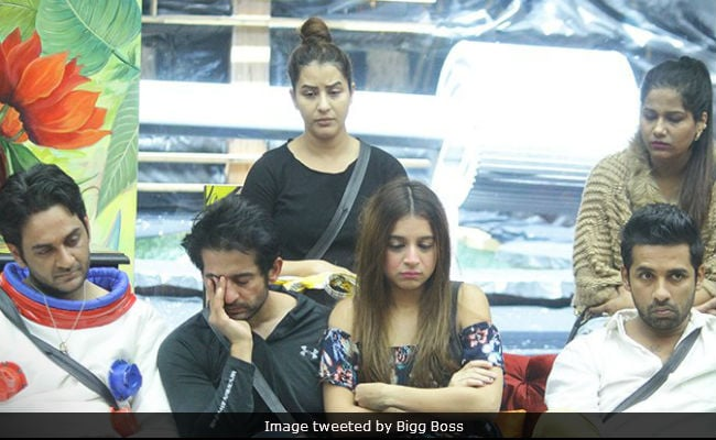 Bigg Boss 11, November 8, Written Update: Hina Khan And Others Cheat In The Task, Prize Money Becomes Zero