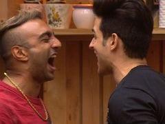 <I>Bigg Boss 11</i>, November 7, Written Update: Benafshah Pulls Aakash Dadlani's Hair